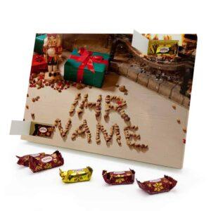 Marzipan Adventskalender mit eigenem Namen personalisieren - Motiv Kamin mit Nüssen Marzipan Adventskalender 2254 1 1
